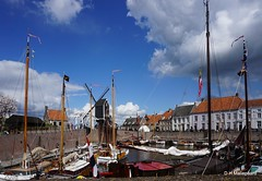 Haven van Heusden (ditmaliepaard) Tags: haven sony mills molen schepen heusden coth opdefiets a6000 zeeslag devredevanheusden