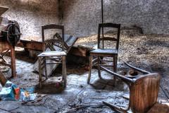 Deux contre un (urban requiem) Tags: old urban abandoned caf lost chairs g luxembourg exploration hdr grange chaises verlassen grenier urbex abandonn letzebuerg verlaten mousel 600d renverse cafeg cafemousel cafg