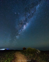 The sandy path to distant places (nightscapades) Tags: sky mars night stars au australia astrophotography newsouthwales astronomy saturn southcoast kiama nightscapes milkyway airglow galacticcore toolijooa