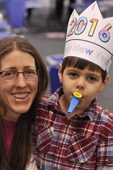 New Years at Noon HQ 12.31.15 (slcl events) Tags: new family party kids children library crafts year headquarters confetti celebration program newyears years noon programs 2016 slcl stlouiscountylibrary