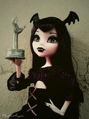 Eli  ( MarildaHungria ) Tags: camera doll eli action vampire mattel frights elissabat