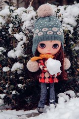 Misstigri on the snow