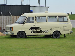 Ford Transit (Oli-unterwegs) Tags: auto ford car transit van transporter neuharlingersiel lkw kleinbus blaulicht kleintransporter windloop