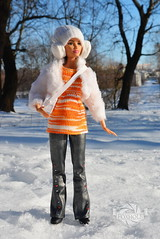 Hailey (marina.lissitza) Tags: winter sun snow doll barbie move made