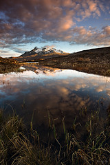 Around Sligachan (Tony N.) Tags: sky snow mountains clouds reflections scotland highlands europe ciel neige loch nuages reflets montagnes ecosse sligachan d810 tonyn nikkor1635f4 tonynunkovics