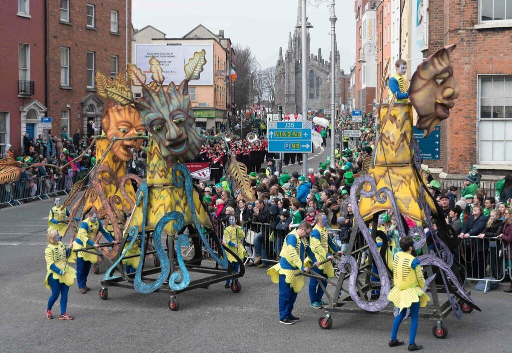 Dowtcha Puppet's At The St.Patrick's Parade [Dublin 2016]-112515