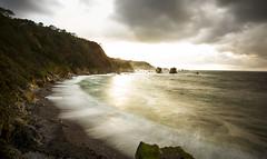 Playa del silencio (Jose Peral Merino) Tags: sea costa sol atardecer mar asturias playa nubes olas ocaso rocas marea acantilados cantbrico playadelsilencio