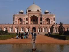 (Lyrinda) Tags: india photo fig delhi tomb ficus mausoleum cenotaph figtree newdelhi humayunstomb mughalarchitecture isaqkhanniyazi