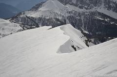 Cresta di neve in cima al Mondeval