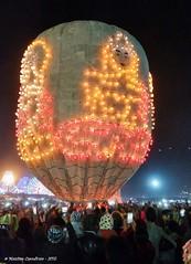 Taunggyi - candlelit balloon_3 (maccdc) Tags: festival fireworks balloon myanmar candlelit taunggyi bhurma