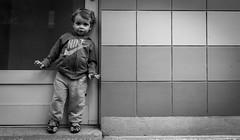 Petit lascar (Nicolas Bondue) Tags: noah street portrait bw white black canon child noiretblanc nb nike tamron rue bla enfant blanc bnw noire vélizy tamron2470 60d canon60d