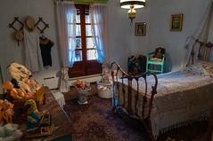 The Gaucho room / El cuarto Gaucho (Carlos Pizarro Photography) Tags: old bed doll room cama cuarto antiguo gaucho mueca
