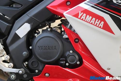 Yamaha-R15-S-14