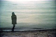 (Juliet Alpha November) Tags: ocean trees sea portrait film water analog 35mm meer wasser exposure waves fuji jan superia portrt baltic double multiple fujifilm analogue miss expired 800 bume ostsee multi wellen xtra fujicolor doppelbelichtung ketamin mehrfachbelichtung meifert