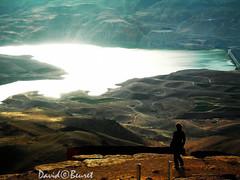 Jordanie (david.beuret) Tags: voyage travel mountain color water contrast montagne landscape eau lumire lac jordan reflet paysage mont couleur jordanie dsert hauteur surplomb