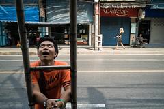* (Sakulchai Sikitikul) Tags: street leica 35mm thailand bangkok sony streetphotography snap summicron worker a7s