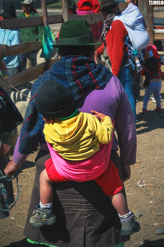 """Deuter Kid Comfort"" - Zumbahua - Ecuador"