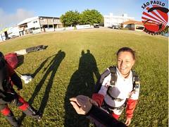 G0098694 (So Paulo Paraquedismo) Tags: skydive tandem freefall voo paraquedas quedalivre adrenalina saltar paraquedismo emocao saltoduplo saopauloparaquedismo