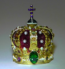 CROWN OF KING OF NORWAY Miniature Crown Jewels Of The World (chriscarr49) Tags: world pope vatican france tiara rome london tower gabriel st norway de bavaria miniatures miniature king state louvre united iii charlemagne royal fake kingdom parliament queen diamond collection replica queens exposition kings napoleon bonaparte opening crown empress 1855 jewels edwards copy eugenie vii jewel coronation fakes regalia copies montijo crowns kohinoor crowning pius hohenzollern cullinan eugnie universelle lemonnier mineature wurtemburg