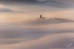 El castell a la bruma (Ricard Snchez Gadea) Tags: espaa canon sigma catalonia vic catalunya creu es niebla nube catalua 6d bruma tona airelibre boira muntanyola eos6d canonistas canon6d 150500 canoneos6d laplanadevic 6dcanon 6deos