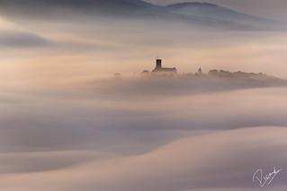 El castell a la bruma