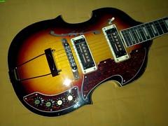 Trump Semi 1aos 1000 (Lox Pix) Tags: lox loxpix guitar collection bass mandolin fender gibson yamaha ibanez rickenbacker vintage beatle violin shape kent sleekline bowhunter trump squier stratocaster telecaster hofner loxwerx l0xpix