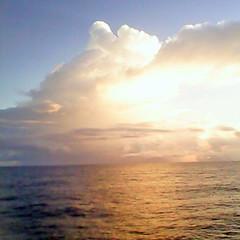 On the North Atlantic (Whatknot) Tags: ocean sea sky sun see atlantic 2016 whatknot 2011 dr618