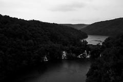 Plitvice Lakes (Andrea Vigoni) Tags: park bw parco white black canon eos lakes croatia national 7d bianco croazia nero plitvice nazionale laghi