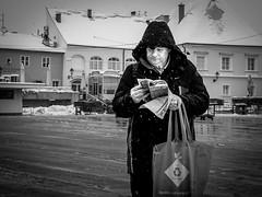 (Miran Kramar) Tags: street winter snow newspaper olympus human zagreb dolac em1 1235 plac