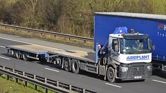YX65 BNO (panmanstan) Tags: truck wagon motorway m18 yorkshire transport renault lorry commercial vehicle range freight langham haulage hgv drawbar