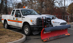 Greenburgh (NY) Buildings and Public Works Snow Plow (zamboni-man) Tags: new york rescue bus car kyle wagon island fire fly long state tahoe police medical service emergency bls signal ems federal emt youk wagman wheeln flycar flycafr ambualcne