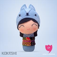 3876 (lycoisasecoisinhas) Tags: blue rabbit azul happy felt lucky japo boneca coelho kokeshi sorte inteligencia lycoisasecoisinhas