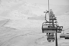 Waiting (maxsaiko) Tags: bw alps austria nikon skiing heiligenblut d7100