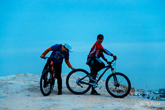 Tire Quality (Rudr Peter | Smile to the world |) Tags: people terrain sports bicycle sunrise desert suspension hill bikes hobby hike trail doha qatar riders weekendwarrior roughroad mountainbikes fulltail rudrpeter qatarbiking ridersinqatar tirequality scanningthetrail