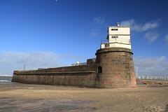 New Brighton, Merseyside (Paul Emma) Tags: uk england lighthouse liverpool battery newbrighton merseyside rivermersey fortperchrock perchrocklighthouse
