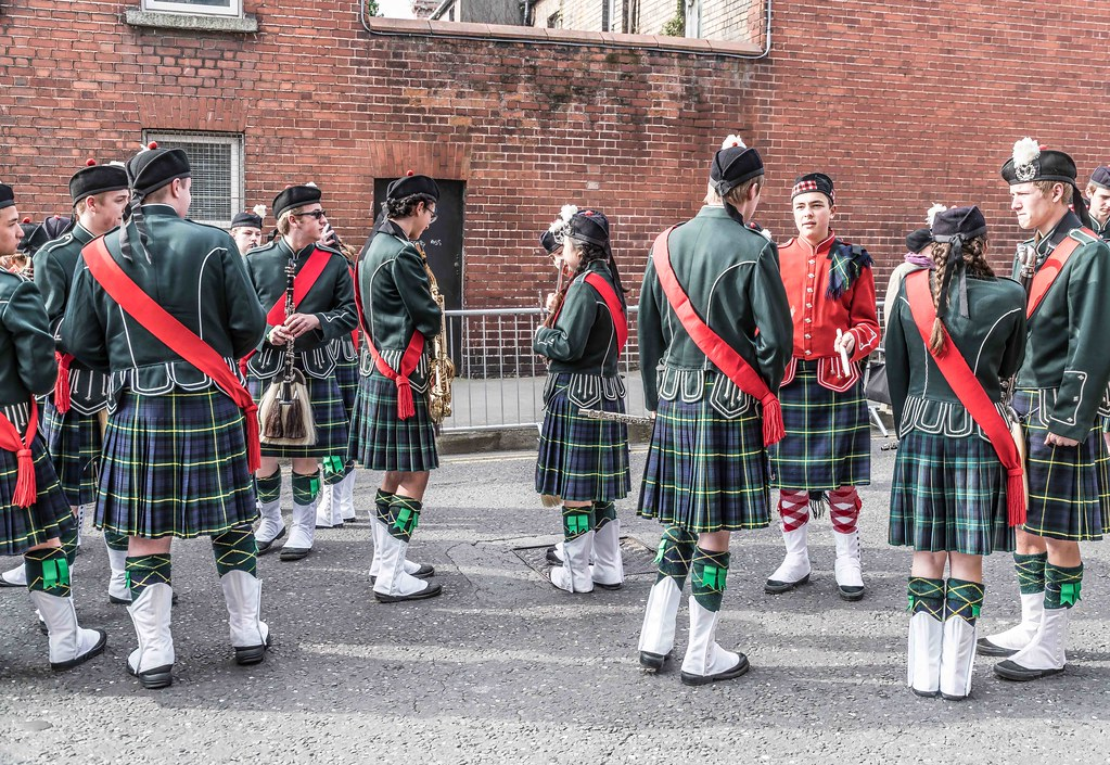 SHORECREST HIGH SCHOOL [ST. PATRICK'S PARADE IN DUBLIN 2016]-112230