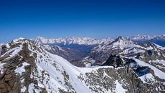 Widok na pnoc ze szczytu Gran Paradiso 4061m. Od lewej: Mont Blanc, Mont Fort. (Tomasz Bobrowski) Tags: ski mountains alps chamonix gry alpy montblanc verbier skitouring montfort narty hauteroute granparadiso graianalps skitury skitura alpygraickie