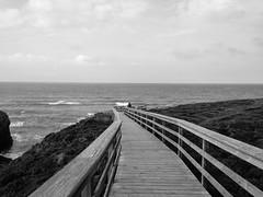 En Ruta (Luis C. S.) Tags: costa playa lugo ribadeo catedrais