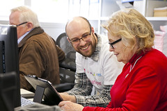 Silver Surfers Day - Bangor NI Libraries (ni direct Government Services) Tags: pink apple silver computer surf mayor surfer laptop library web bangor down device silversurfer dts tablet morsecode morse digitial 2016 digitalinclusion markbennet ssday gooni digitalassist nidirect digitaltransformationservice bangorlibrary lesliesmyth