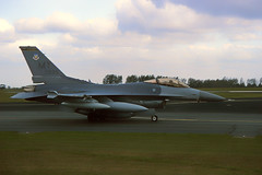 89-2099 MY. Lost at sea on 14-3-2006 near the coast of Kunsan AB, Korea. Pilot was Capt. Donald Siegmund, of the 35th Fighter Squadron ejected safely. (Gerrit59) Tags: f16c