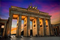 Brandenburger Tor (Urbano Surez) Tags: berlin alemania monumentos nocturnas arcos columnas arquitecturas brandeburgo