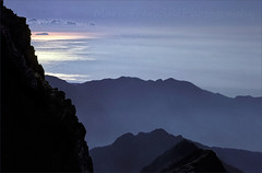Island view from the top (Arunte) Tags: mare rocce alpiapuane paniadellacroce isolagorgona marcofrancini arunte