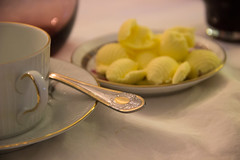 Tea Time (Rober Lucero) Tags: macro cup spoon butter te manteca cuchara