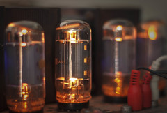 7651 (bluechromis1) Tags: music glow bokeh plasticfantastic stereo valve electronic audio vacuumtube thermionic canonef50mmf18ii niftyfifty vintagehifi bokehwhores canonrebelt3i fisheramplifier