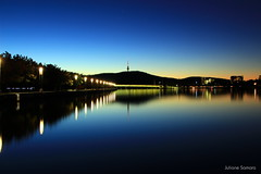 Canberra Twilight (juliane.samara) Tags: black mountainlake burlley griffintwilight