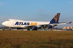 Atlas Air 747-400F N419MC (Thomas Theisen) Tags: sun america airport air landing atlas boeing luxembourg 747 jumbo ellx findel