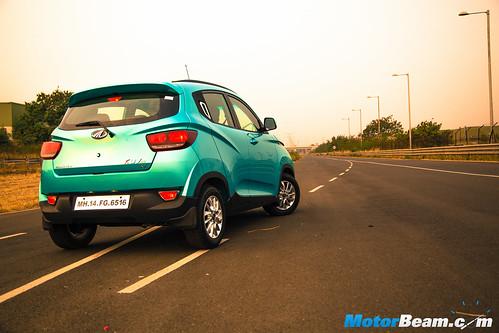 2016-Mahindra-KUV100-19