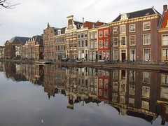 Oude Vest, Leiden, New Years Day 2016 (1) (Duq) Tags: holland reflection water netherlands canal leiden nederland newyearsday zuidholland southholland