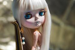 I have no idea (Eloines) Tags: portrait macro reflection glitter hair gold necklace nikon factory flash sb600 fake sigma screen pearls gift egyptian blonde blythe earrings bling tbl takara darcy rhinestones 105mm d3200