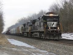 Norfolk Southern Chicago Line / MP 457 Westbound (codeeightythree) Tags: indiana freight manifest norfolksouthernrailroad rollingprairie rollingprairieindiana norfolksouthernchicagoline